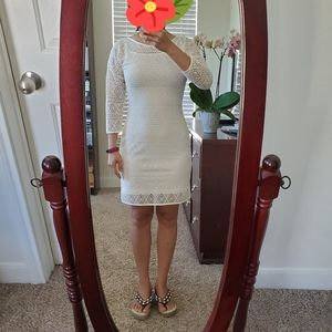 Like new EXPRESS 3/4 Sleeve GEOMETRIC LACE dress